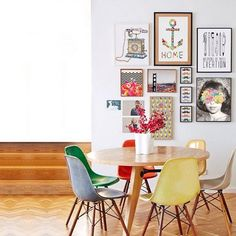 10 Awesome Gallery Walls We Found On Instagram #refinery29  http://www.refinery29.com/gallery-wall#slide4  Busy prints appear as a unit when tightly grouped together.
