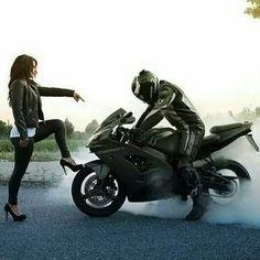 New street bike couple Ideas Motorcycle Couple Pictures, Biker Couple, Biker Chick, Biker Girl, Couple Motard, Cb 600 Hornet, Gp Moto, Biker Love, Bike Photoshoot