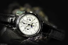 Vacheron Constantin Perpetual Calendar 4900 5000P-7622 watch - for sale - Govberg via Perpetuelle