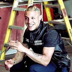 Need a little touch up Juice! Theo Rossi, Sons Of Anarchy Juice, Juice Soa, Just Juice, True Detective, Pearl Jam, Sexy Ass, Bad Boys, Movies And Tv Shows