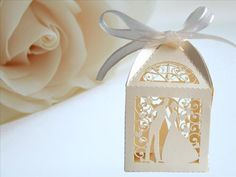 25 Ivory Couple Design Luxury Lase Cut Wedding Sweets Can…
