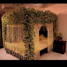 Decoration Of Bedroom for Wedding Games . 35 Fresh Decoration Of Bedroom for Wedding Games . Wedding Bedroom Decoration with Flowers and Candles 2017 Bridal Room Decor, Wedding Night Room Decorations, Flower Room Decor, Desi Wedding Decor, Luxury Wedding Decor, Romantic Room Decoration, House Decorations, Birthday Decorations, Romantic Bedroom Lighting