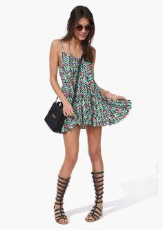 I only like the dress. I think its a fun print...