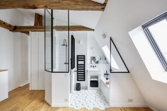 Cool Attic Design Ideas That Looks Cool 22 Attic Bedroom Designs, Attic Bedrooms, Attic Design, Attic Master Suite, Modern Master Bedroom, Open Bathroom, Attic Bathroom, Attic Shower, Bathroom Ideas