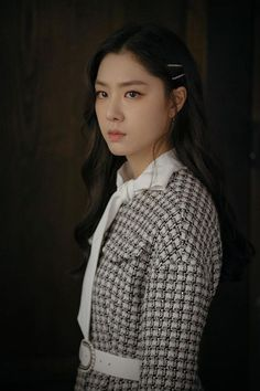 When she would rather lock him up to keep him🤦🏻♀️ Jung Hyun, Kim Jung, Korean Star, Korean Girl, Korean Actresses, Korean Actors, Korean Beauty, Asian Beauty, Seo Ji Hye
