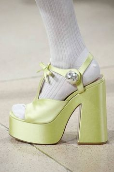 eea481a5a17 558 Best shoes images in 2019