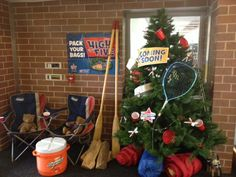 Peterson Elementary in Chicago, IL gets ready for the Boosterthon with a creative use for a Christmas tree!