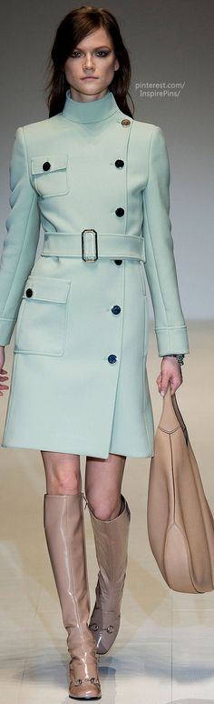 Fall 2014 Ready-to-Wear Gucci - love this colour, love this shape!!! Add a pencil skirt ...