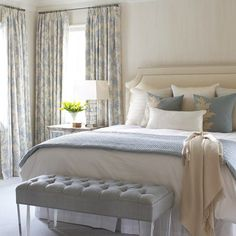 Not-Boring Neutral Bedroom Color Schemes | They are serene and chic. #homeinspiration #homeinspo #marthastewart #bedroomdecor #bedroomdesigns