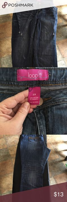 Jeans Loop 18 brand from Fashion Bug. The junior plus line. Size 23 (like 22/24). Straight/skinny leg. It's kind of both. Fashion Bug Jeans Skinny