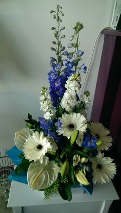 Best Beautiful Tall Floral Arrangement Pictures 20 Best Beautiful Tall Floral Arrangement Pictures 20 Awesome Indoor & Outdoor The post Best Beautiful Tall Floral Arrangement Pictures 20 appeared first on Floral Decor. Home Flower Arrangements, Funeral Floral Arrangements, Beautiful Flower Arrangements, Beautiful Flowers, Altar Flowers, Church Flowers, Funeral Flowers, Silk Flowers, Deco Floral
