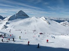 Hintertux Glacier - been there. Ski Austria, Travel Memories, See It, Wanderlust Travel, Winter Wonderland, Places Ive Been, Mount Everest, Skiing, Tourism