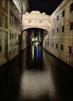 "Nighttime shot of the Bridge of Sighs (""Ponte dei Sospiri"") in Venice, Italy by Flavio Ciarafoni, via Flickr"
