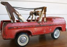 Vintage Red Metal Toy Tow Truck