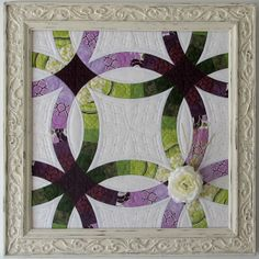 Pretty design for inside of Double Wedding Ring Such a Sew and Sew: Quilts