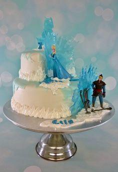 Purppurahelmen juhla- ja  fantasiakakut: Frozen- Jouluarvontakakku