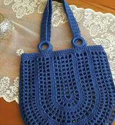 # Häkeltasche How to Make Crochet Bag: Step by Step Photos- Como Fazer Bolsa de Crochê: Passo a Passo Fotos # Häkeltasche How to Make Crochet Bag: Step by Step … - Bag Crochet, Crochet Market Bag, Crochet Shell Stitch, Bobble Stitch, Crochet Handbags, Crochet Purses, Crochet Crafts, Crochet Flor, Diy Crafts