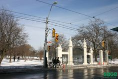 History: Captain Samuel Smith owned the area of land in that we now know as Trinity Bellwoods. Part of this area became the land on which Trinity College … Toronto, The Neighbourhood, Real Estate, Explore, History, Outdoor, Outdoors, The Neighborhood, Historia