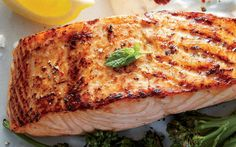Broiled Salmon with Lemon from the Cooking Light Diet
