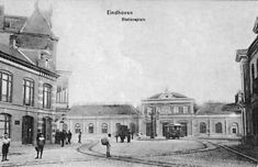 Stationsplein Eindhoven (jaartal: 1900 tot 1910) - Foto's SERC Eindhoven, Holland, Dutch, Taj Mahal, The Past, Black And White, Building, Travel, Historia