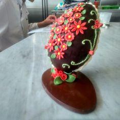 #easteregg #chocolate #showpiece #beeniecakes #beeniebons
