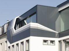 Dagli Arch Modern Building #Rooftop #Extension pinned by @dakwaarde