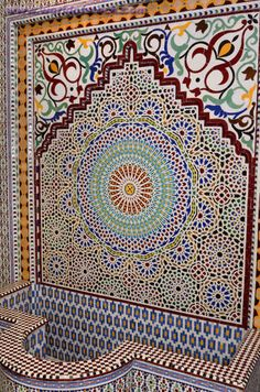 Tile Water Fountain Mosaic Pattern Moroccan Moroccan Art, Moroccan Design, Moroccan Style, Islamic Architecture, Beautiful Architecture, Art And Architecture, Tile Art, Mosaic Art, Mosaic Tiles