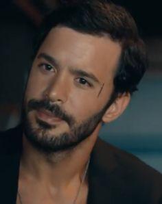 Elcin Sangu, Turkish Actors, Barista, Turkey, Photography, Fictional Characters, Instagram, Amor, Turkish Men