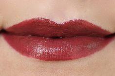 """Estee Lauder """"Pure Color Envy Lipsticks"""" Colour: Decadent"""