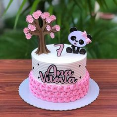 Bolo Panda, Peppa, Birthday Cake Decorating, Ideas Para Fiestas, Cupcake Toppers, Tart, Scrap, Victoria, Cartoon