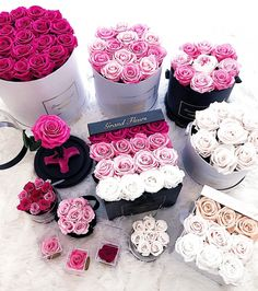Real roses that last an entire year Pink obsession Tag someone that would love these. or tag to drop a hint below Roses Luxury, Luxury Flowers, Flower Box Gift, Flower Boxes, Box Roses, Pink Roses, Rose Stabilisée, Bouquet Box, Ideias Diy
