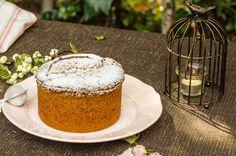 Bizcocho de vainilla para tartas, la receta perfecta y multiuso para preparar un delicioso y jugoso bizcocho para comer tal cual o para decorar con fondant.