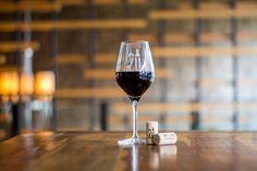 20 - wine bar - Identity on Behance Restaurant Identity, Branding, Brand Identity, Packaging, Design Graphique, Red Wine, Alcoholic Drinks, Graphic Design, Glass