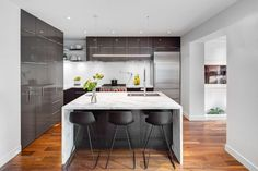Riverdale Dormer House was refurbished by the Toronto-based firm Post Architecture. Located in the Toronto's east-end community of Riverdale