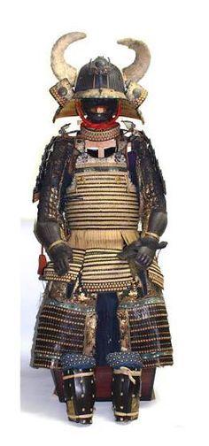 516c90bc0149136e80e45d4d4c06a7d8--samurai-armor-bushido.jpg (236×504)