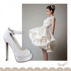Curtinhos Fashion: Modelos com muita textura e personalidade pedem sapatos clássicos e lisos, de preferência com salto bem alto! Confira no nosso site os modelos com Super Salto!