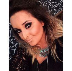 Maquiagem feita na @lu_fialho pelo @ffermakeup, do Beauty Team da NYX Vitória. Ele usou a paleta Nighttime in Rio (linha Love in Rio) e o batom Soft Matte Lip Cream Cairo