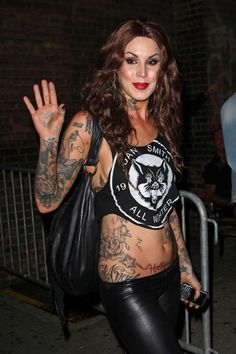Kat Von D Photos - G-Star Raw Presents NY Raw Spring/Summer 2010 Collection at Mercedes-Benz Fashion Week in Bryant Park. - G-Star at Fashion Week Hot Tattoo Girls, Tattoed Girls, Inked Girls, Kat Von D Makeup, Kat Von D Tatuajes, Hot Tattoos, Girl Tattoos, Kat Van D, Sara Fabel