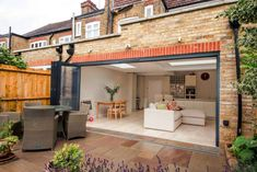 Kitchen extension in East Sheen, South West London Emma's Kitchen, Open Plan Kitchen Dining Living, Open Plan Living, Kitchen Ideas, Kitchen Layouts, Kitchen Island, Dining Room, House Extension Plans, House Extension Design