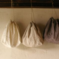 little linen bags... DIY version for grocery shopping.. Yes I think so!