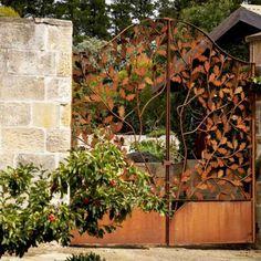 edelrost säule viereck mosaik dekosäule in rost mit filigranem, Gartenarbeit ideen
