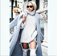 la modella mafia street style icon - Vanessa Hong of The Haute Pursuit 4 Cut Out Jeans, Street Style Chic, Looks Street Style, Streetwear, Knit Fashion, Womens Fashion, Fashion Heels, Sweater Fashion, Style Fashion