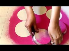 how to make Unique Rangoli Design using Basket, fork and tea cups Simple Rangoli Designs Images, Rangoli Designs Flower, Rangoli Border Designs, Colorful Rangoli Designs, Beautiful Rangoli Designs, Easy Diwali Rangoli, Diwali Special Rangoli Design, Free Hand Rangoli Design, Rangoli Designs Diwali