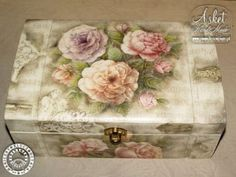38 Ideas diy wood storage box etsy for 2019 Decoupage Glass, Decoupage Box, Decoupage Vintage, Fun Crafts, Diy And Crafts, Altered Cigar Boxes, Wood Storage Box, Fabric Boxes, Painted Boxes