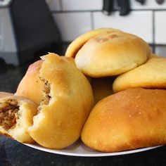 Vz Baked Piroshki (Russian Hand Pie)- A super soft fluffy bun filled with a savory meat filling. Ukrainian Recipes, Russian Recipes, Pie Recipes, Cooking Recipes, Curry Recipes, Dinner Recipes, Russian Dishes, Russian Foods, Good Food