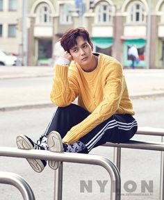 Yoo Seung Ho - Nylon Magazine November Issue '17 - Korean photoshoots