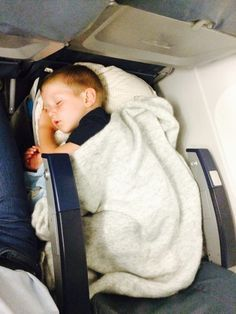 Will you be travelling with a baby or toddler this summer? Is the thought overwhelming? I know when I first went on a plane with my children I was filled with dread.