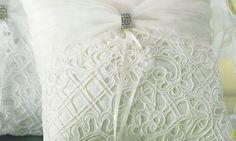 La tradición del cojín para anillos de boda - Contenido seleccionado con la ayuda de http://r4s.to/r4s