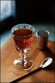 AVENUE & DAVENPORT: 1 ½ oz. rye whiskey ½ oz. bourbon ½ oz. Cynar ¼ oz. maraschino liqueur ¼ oz. Fernet-Branca Tools: mixing glass, bar spoon Glass: coupe  Combine ingredients with ice, stir. Strain into a cocktail coupe.