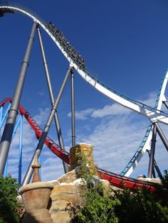 """It's Giveaway time! Remember that each month we give out two tickets to PortAventura to a happy randomly chosen winner! To participate, register by clicking on the """"win 2 tickets"""" icon placed on the big image here: Good Luck! http://www.barcelonapoint.com/en/port_aventura/hotels_tickets/"""